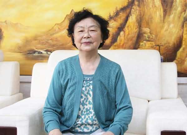 绿叶人:陈孝珊教授