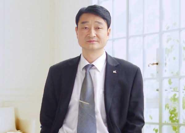 绿叶人:刘进辉 教授